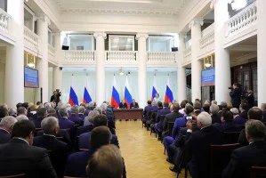 Владимир Путин провел встречу с членами Совета законодателей Российской Федерации в Таврическом дворце