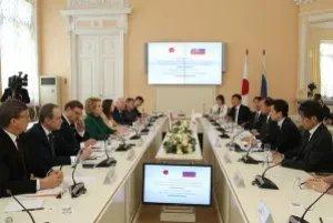 Валентина Матвиенко провела встречу с Генеральным секретарем Либерально-демократической партии Японии Тосихиро Никаи в Таврическом дворце