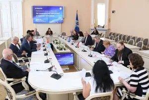 В Таврическом дворце обсудили вопросы сближения трудового и миграционного законодательства стран Содружества