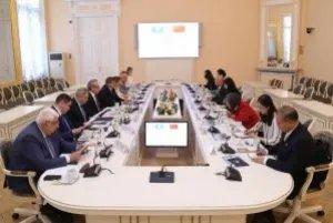 Юрий Осипов встретился с вице-президентом Китайского народного общества борьбы за мир и разоружение Чжоу Ли
