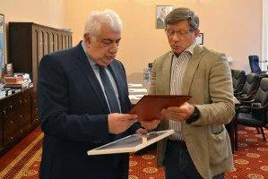 Полномочного представителя Милли Меджлиса Азербайджанской Республики Айдына Джафарова поздравили с юбилеем