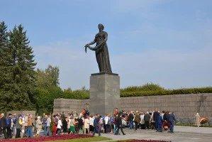 В Петербурге прошла торжественно-траурная церемония в память жертв блокады Ленинграда