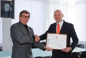 Юрий Осипов поздравил МТРК «Мир» с 26-летием организации