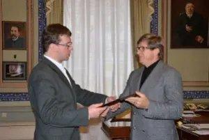 Юрий Осипов поздравил сотрудников телеканала «Вместе-РФ» с пятилетием организации