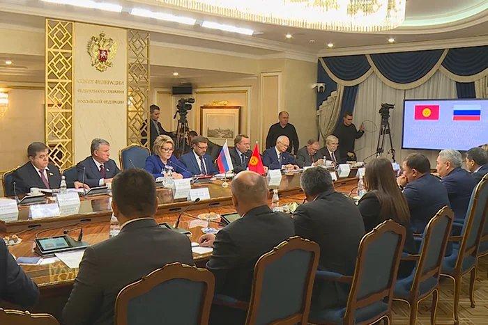 Валентина Матвиенко встретилась с главой Жогорку Кенеша Кыргызской Республики Дастанбеком Джумабековым