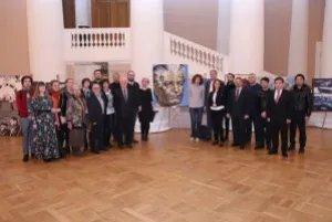 Церемония закрытия выставки, посвященной 90-летию Чингиза Айтматова, прошла в Таврическом дворце