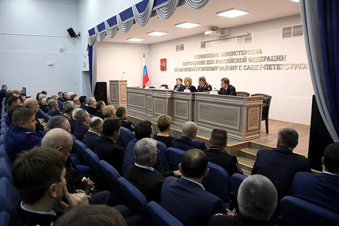 Валентина Матвиенко поблагодарила сотрудников полиции Санкт-Петербурга за обеспечение безопасности на межпарламентских мероприятиях