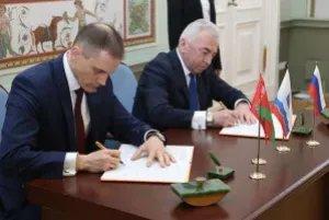Парламенты Могилевской и Ленинградской областей подписали в Таврическом дворце Соглашение о сотрудничестве