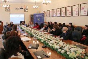 Бакинский филиал МИМРД МПА СНГ провел круглый стол на тему мультикультурализма и толерантности