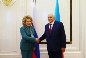В Баку состоялась встреча Валентины Матвиенко и Октая Асадова