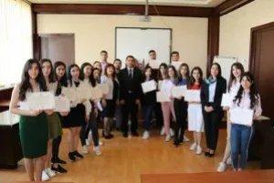 В Бакинском филиале МИМРД МПА СНГ вручили сертификаты участникам викторины по вопросам избирательного права