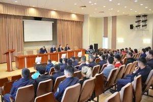 Члены кыргызской диаспоры в Санкт-Петербурге обсудили проблемы миграции с представителями регионального МВД