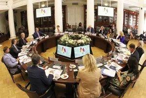 В Таврическом дворце прошло совместное заседание групп дружбы и сотрудничества парламентов России и Германии