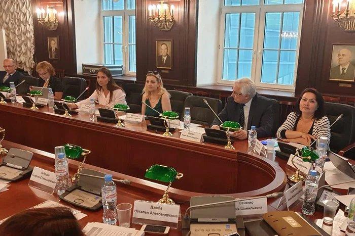 Эксперты приступили к работе над проектом концепции модельного закона об общественном здравоохранении