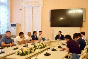 Таврический дворец посетили представители кыргызской диаспоры