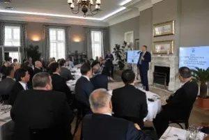 Дмитрий Кобицкий принял участие во встрече руководителей консульских учреждений с Губернатором Ленобласти