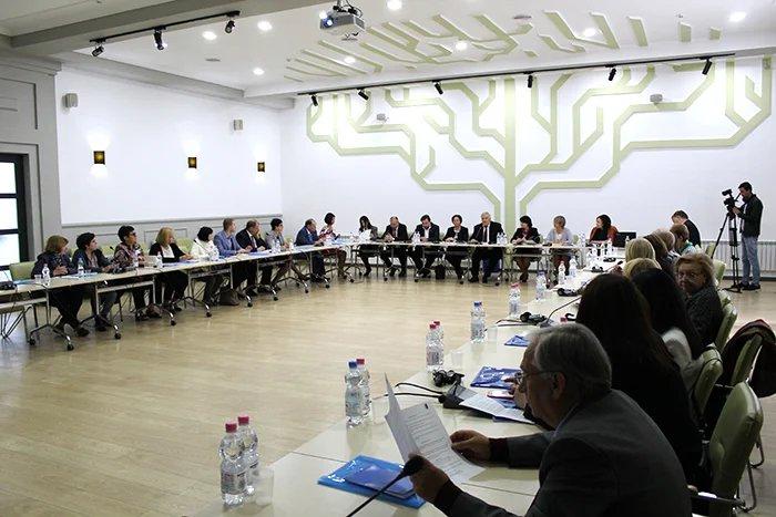 В Кишиневе состоялся круглый стол «О роли женщин в демократизации общества»