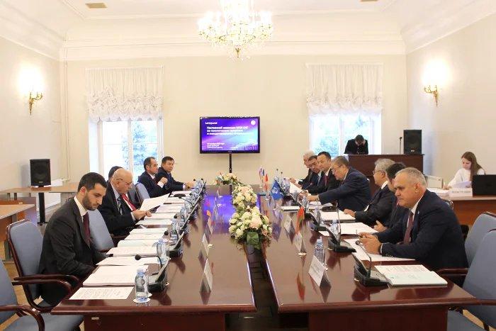 В Таврическом дворце прошло заседание Постоянной комиссии МПА СНГ по политическим вопросам и международному сотрудничеству