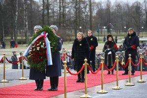 Делегация МПА СНГ почтила память защитников Ленинграда