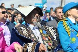К 75-летию Победы: как в Республике Казахстан поддерживают ветеранов