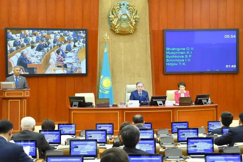 Мажилис Парламента Республики Казахстан поддержал формирование института парламентской оппозиции