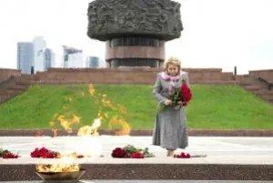 Председатель и члены Совета МПА СНГ почтили память погибших в Великой Отечественной войне