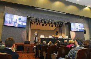 Более двухсот специалистов приехали в Петербург на конференцию, посвящённую безопасности дорожного движения