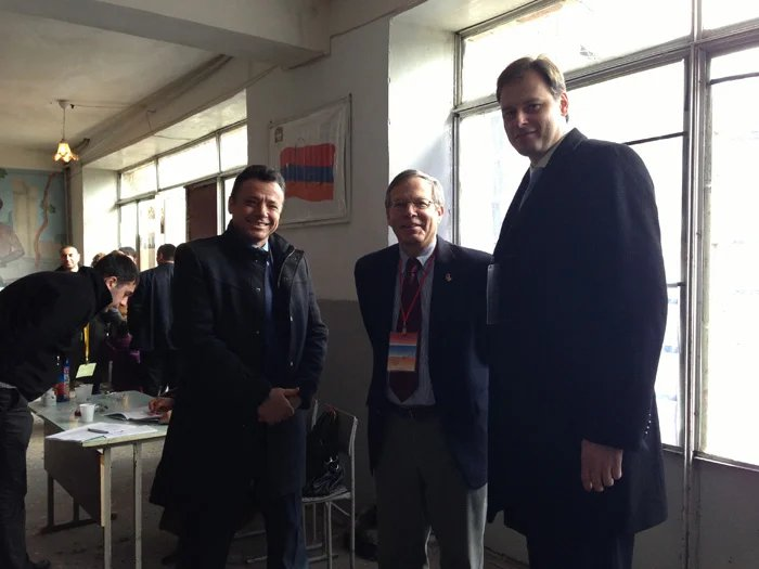 IPA CIS observers hold a meeting with the US ambassador