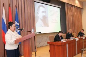 Role of national leadership in state-buildeng discussed in the IPA CIS parliamentary center