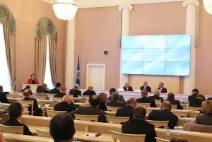 Sergey Lavrov welcomes the participants of the conference